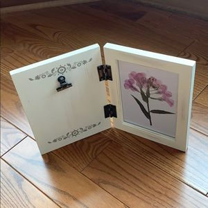 Other - 📸 Foldable Double Picture Frame